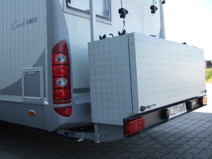 diese aluminium transportbox womo box biker inklusiv 2er fahrrad e bike kit um die fahrr der. Black Bedroom Furniture Sets. Home Design Ideas